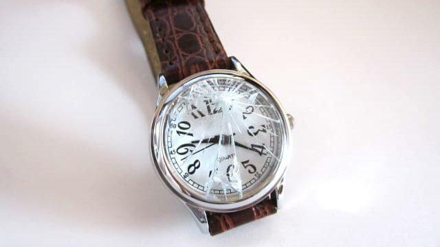 風水運気を下げる腕時計