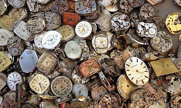 オーバーホールなしの時計