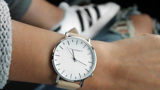 クォーツ時計オーバーホールの頻度