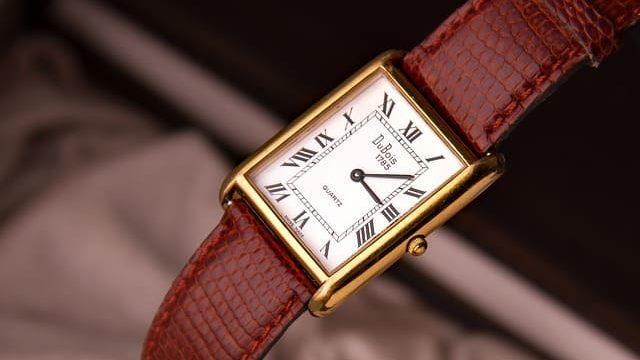 時計オーバーホールとケア