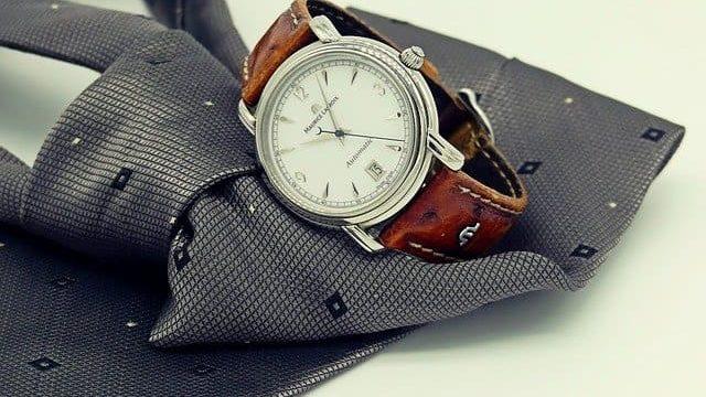 男性の腕時計をつける心理