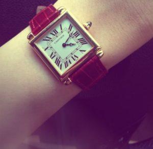 ともさかりえカルティエ腕時計