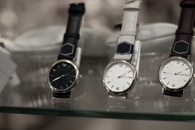 腕時計どこで買うべき並行輸入
