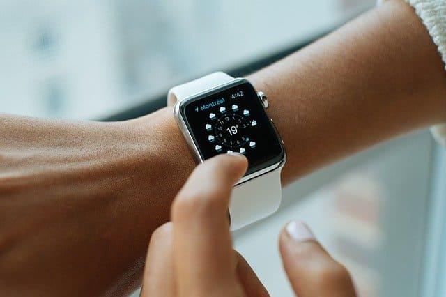 腕時計5万円以下高級感アップルウォッチ